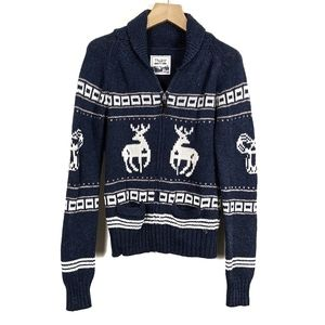 Aritzia TNA Sea to Sky Reindeer Lambswool Sweater